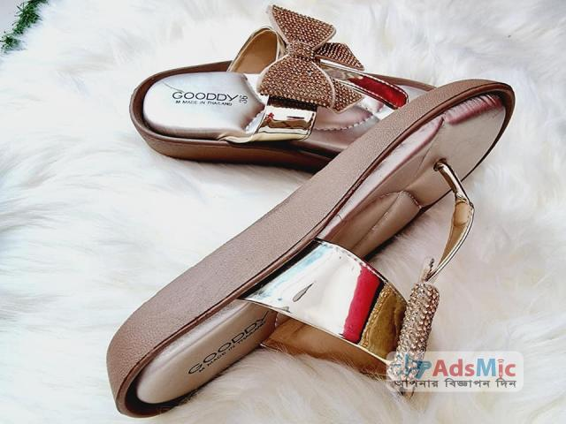 Very Comfortable & Stylish Slider Shoes
